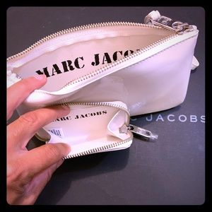 Marc Jacobs patent leather wristlet w/coin purse